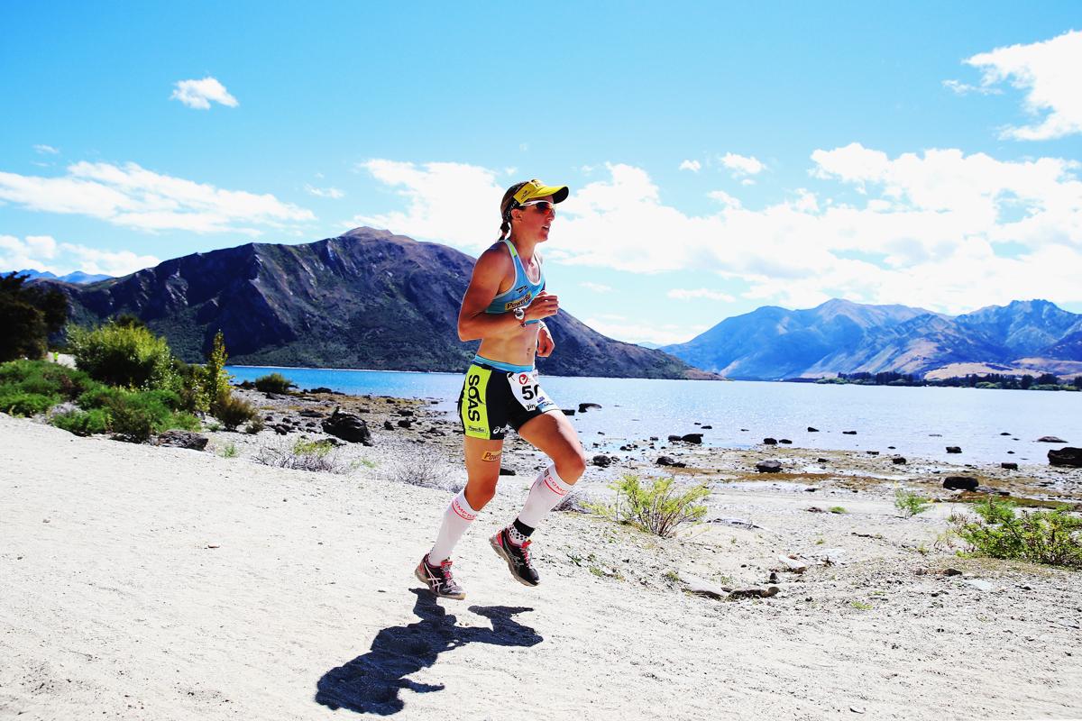 Gina Crwford corre para sua sexta vitória em Wanaka.  Foto: Phil Walters