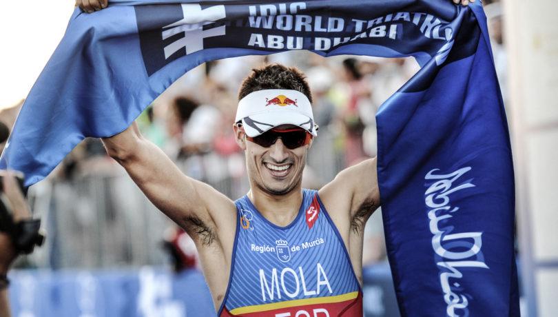 O espanhol Mario Mola defende a liderança do ranking