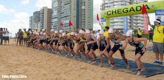 Largada para o tradicional Triathlon do Exército  Foto: Pauta Livre