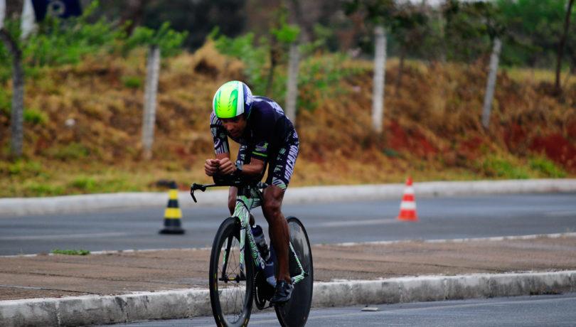 Santiago Ascenço, campeão da prova - Foto: Eduardo Mulford
