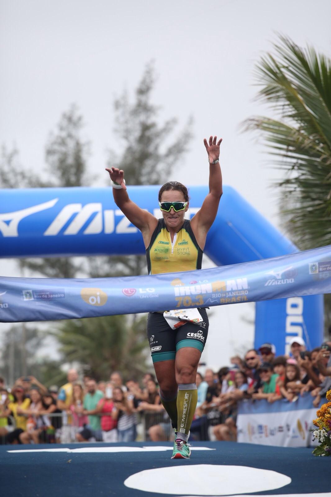 Mariana Borges de Andrade, campeã do IM 70.3 Rio. Foto: Fernanda Paradizo