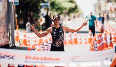 Carol Furriela, campeã da etapa e do Circuito SESC Triathlon. Foto: Rômulo Cruz/Tri Sport Magazine