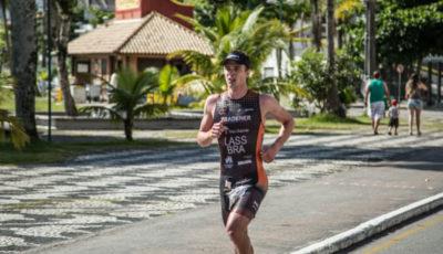 Eduardo Lass, campeão do Triathlon Olímpico de Caiobá. Foto: Rômulo Cruz