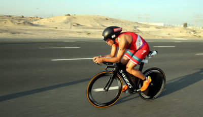 DUBAI, UNITED ARAB EMIRATES - JANUARY 27:  Javier Gomez of Spain competes in the bike section of Ironman 70.3 - Dubai on January 27, 2017 in Dubai, United Arab Emirates.  (Photo by Nigel Roddis/Getty Images)